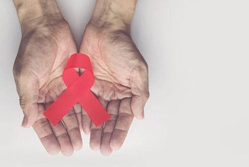 Ο HIV «μεταδίδεται» με την άγνοια