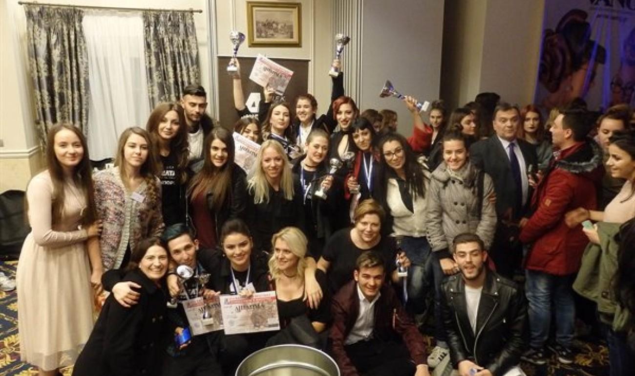 Με 13 Κύπελλα ο Τομέας Μόδας & Ομορφιάς Επικράτησε στο 21ο Βαλκανικό Φεστιβάλ Κομμωτικής!
