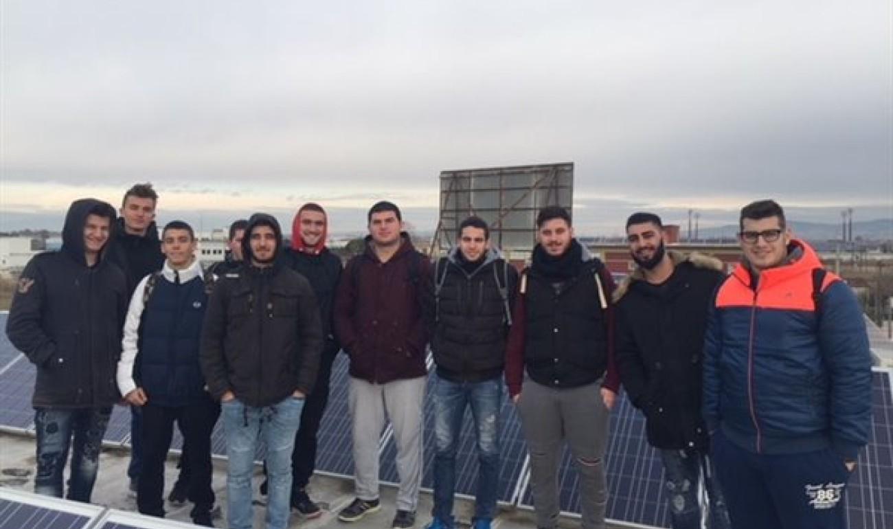 Επίσκεψη σε πρότυπη εγκατάσταση φωτοβολταϊκών