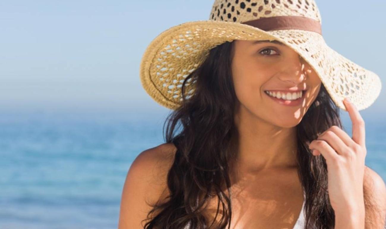 Συμβουλές για την προστασία των μαλλιών από τον ήλιο!