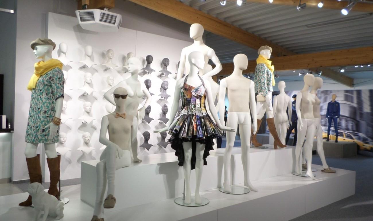 Window Dressing & Visual Merchandising (Διακόσμηση Βιτρίνας και Στήσιμο Καταστήματος)