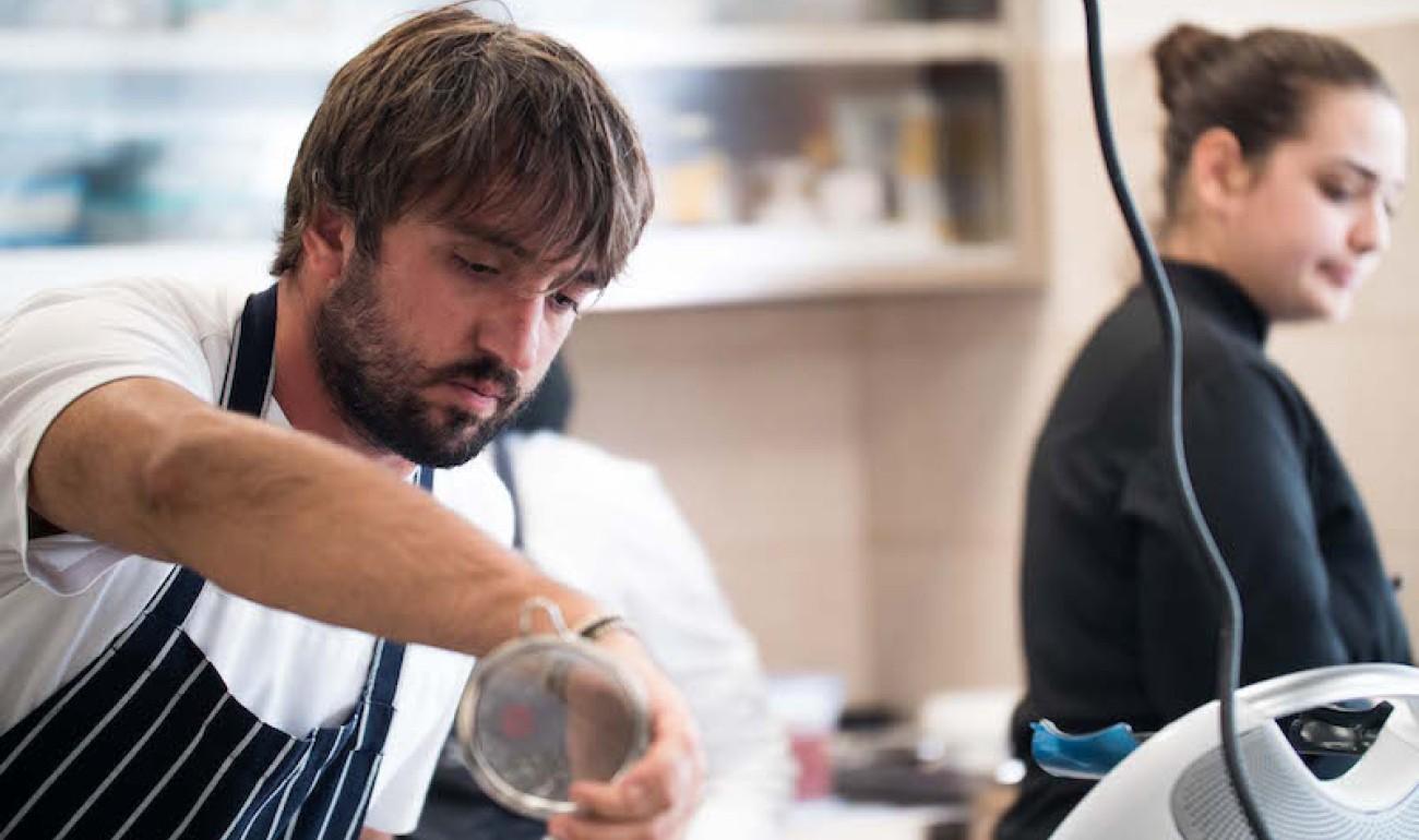 Σεμινάριο με θέμα «Πιάτα μοντέρνας ελληνικής κουζίνας με βάση την παράδοση» - Με καλεσμένο τον βραβευμένο σεφ Albert Hamza