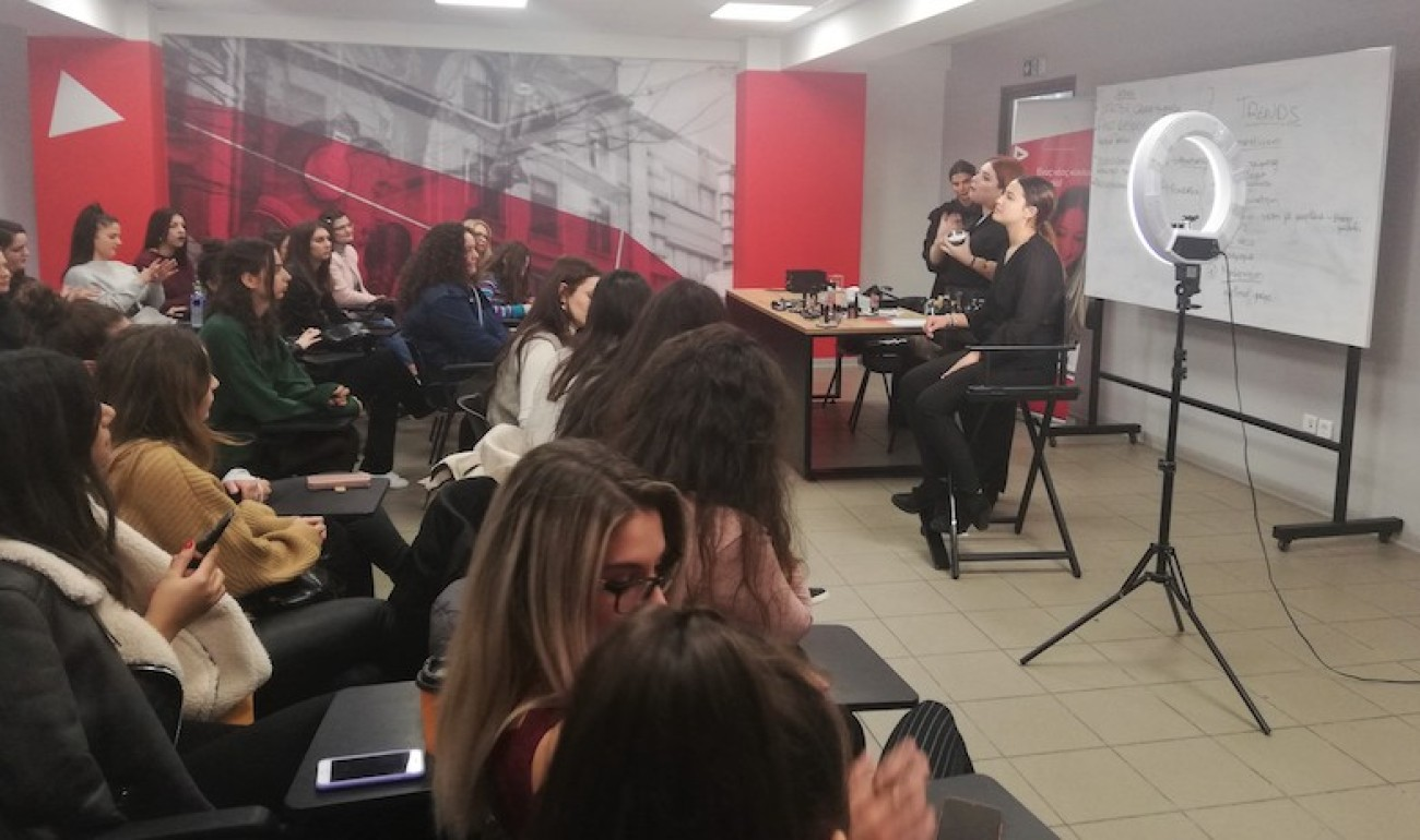 Το μακιγιάζ των εορτών παρουσίασε η ΜAC στους σπουδαστές του ΙΕΚ ΔΕΛΤΑ 360!