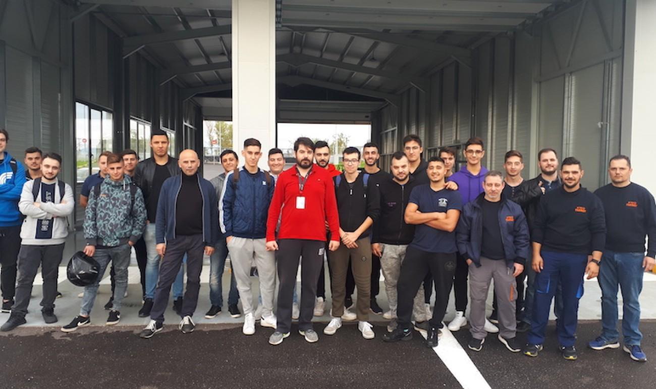 Επίσκεψη ειδικότητας Μηχανοτρονικής στο ΚΤΕΟ Γλαύκου