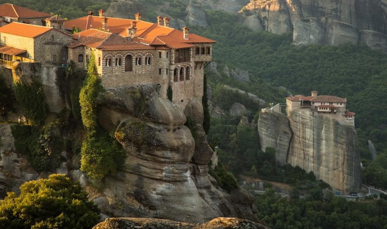Mοναστήρια: Mνημεία πολιτισμού και πίστης